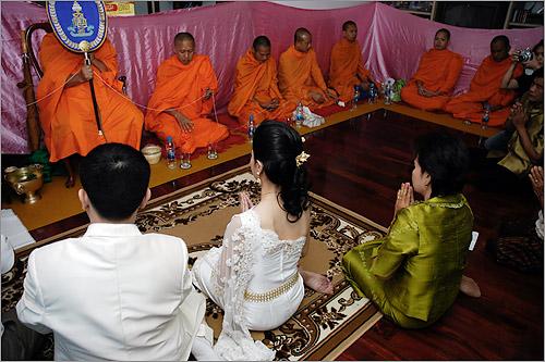 A Traditional Thai Wedding Guide